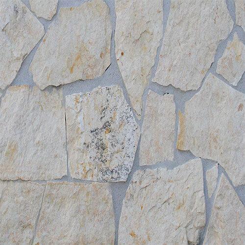 Old piatra poligonala