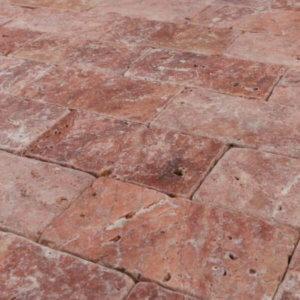 piatra naturala travertin rosu