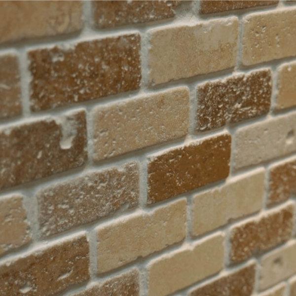 Mozaic-Travertin-Noce-Light