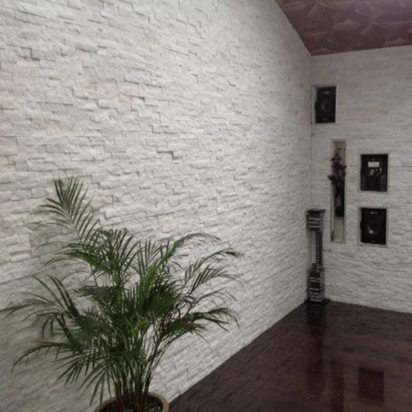 Mozaic-din-Marmura-Alba